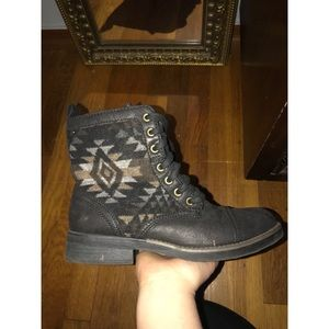 Shoes - Women's Combat Boots with Tribal Design